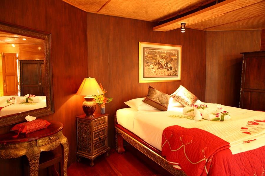 Boathouse Para room