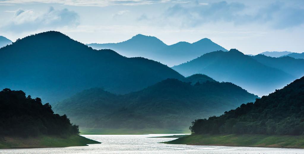 Boathouse kaeng-krachan-national-park